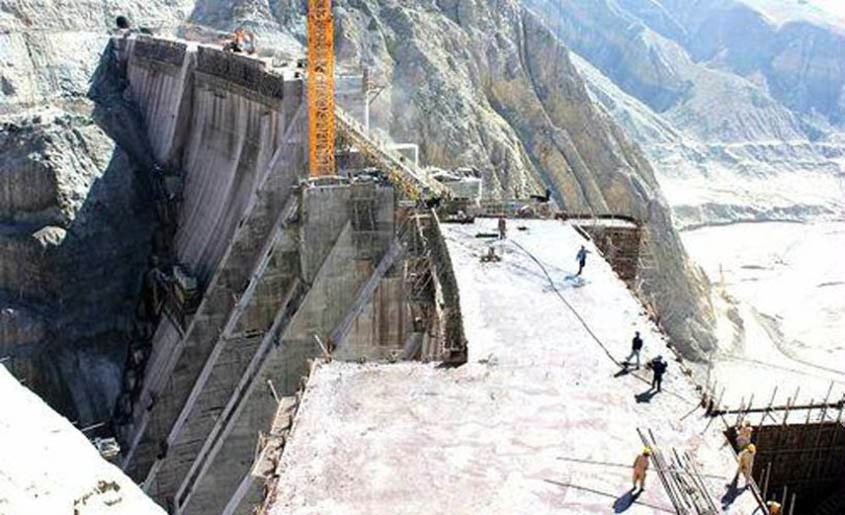 The-Application-of-Self-Drilling-Anchor-Bolts-in-Gomal-Zam-Dam-810x494